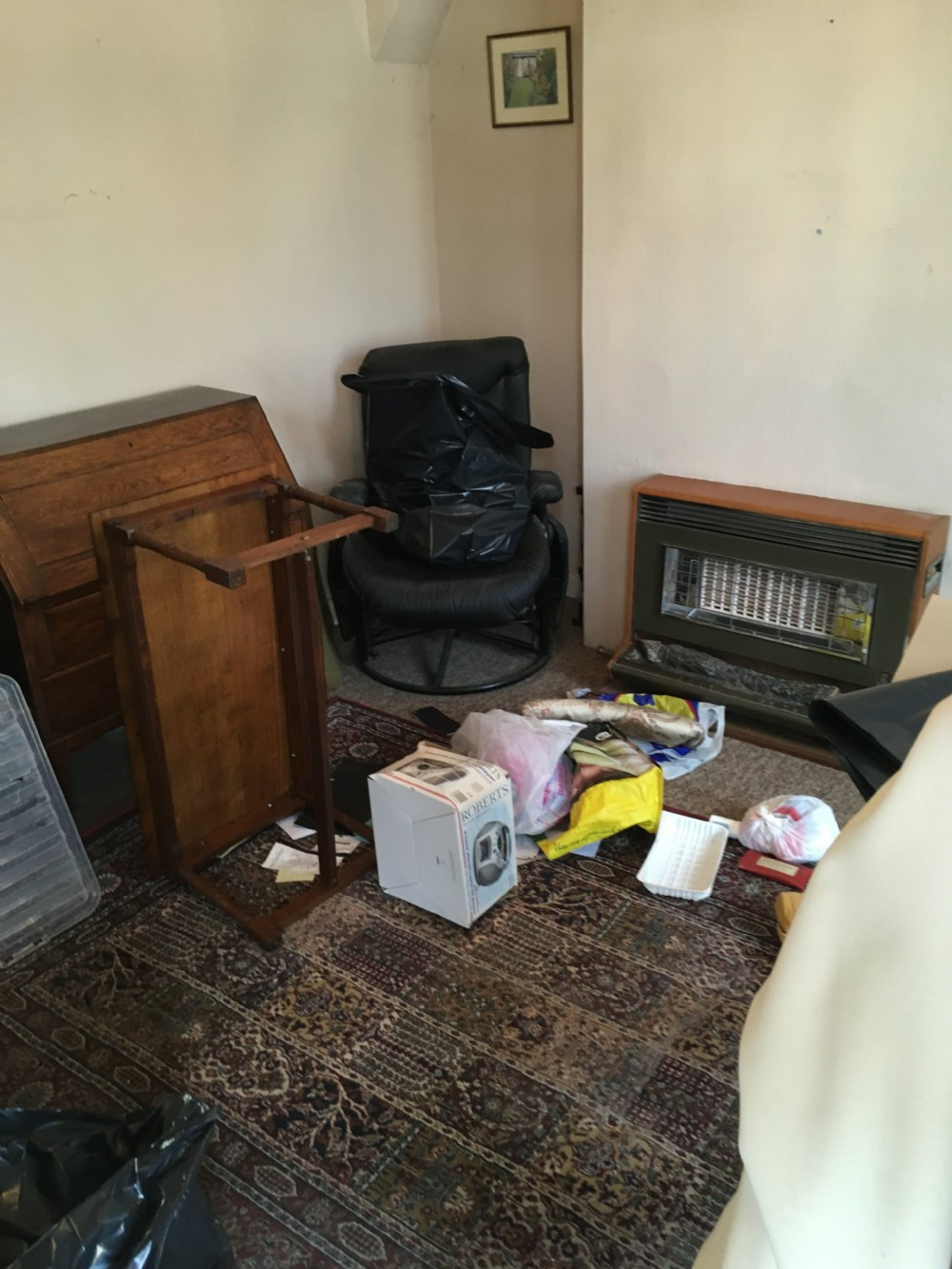 before and after pics of house clearance in loughton